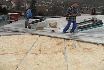 Renovation industrial roof with thermal insulation