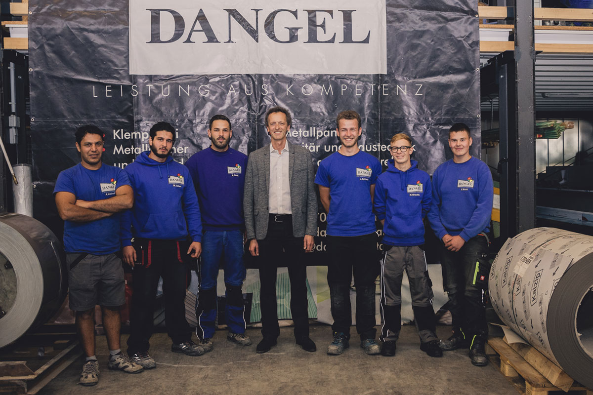 Apprentices with their instructor Frank Dangel